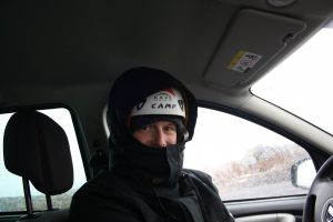 Thomas mit Helm